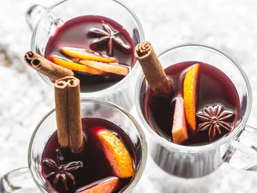 In Vino Veritas Part LIII – Mulled Wine And Other Holiday Spirits